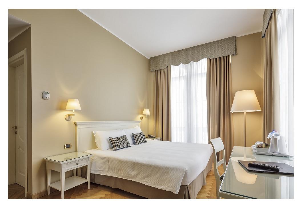 CAMERA HOTEL IDEALE: IL LETTO COME PUNTO DI PARTENZA