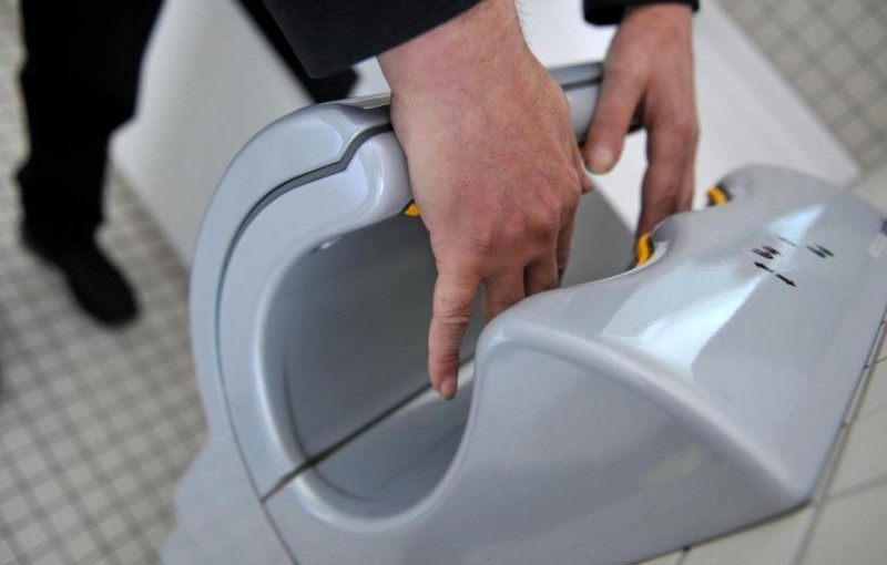 Asciugamani elettrici: un'alternativa valida ai tovaglioli di carta.