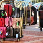 Carrelli portabagagli: confort e comodità per il trasporto di abiti e valigie